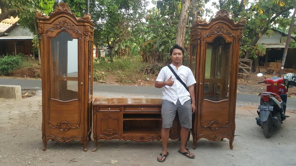 lemari-hias-pajangan-kayu-jati-mewah-mebel-jepara (15)