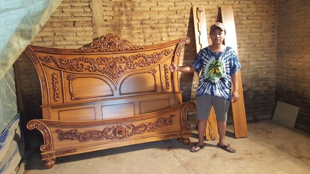 tempat-tidur-set-kayu-jati-mewah-ukir-jepara (35)
